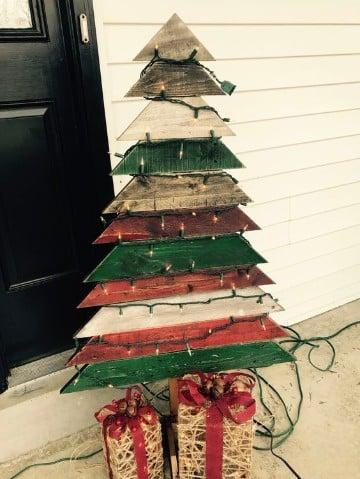 arboles de navidad hechos de madera pequeño