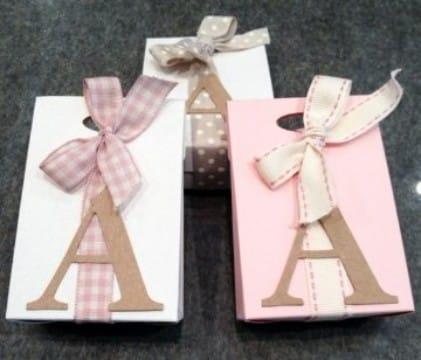 cajas de carton decoradas para bebes en rosado