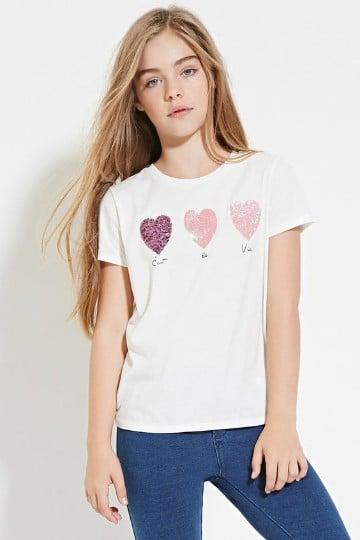 camisas decoradas con lentejuelas y corazones