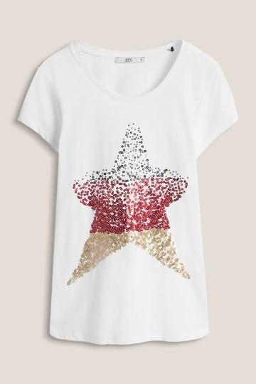 camisas decoradas con lentejuelas y formas
