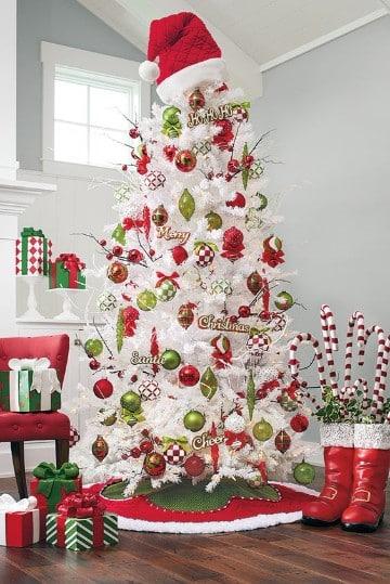 como adornar un pino de navidad blanco