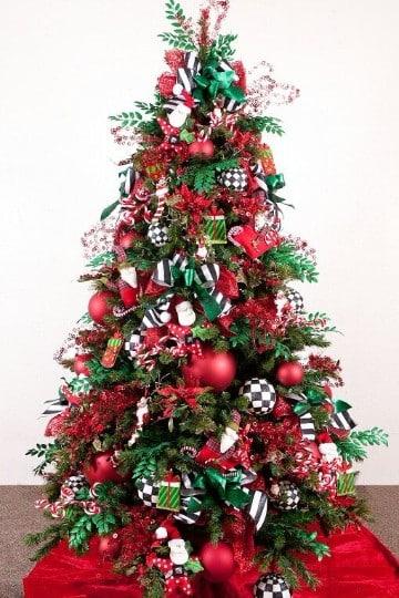 como adornar un pino de navidad en casa