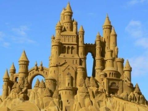 como hacer castillos de arena espectaculares (1)