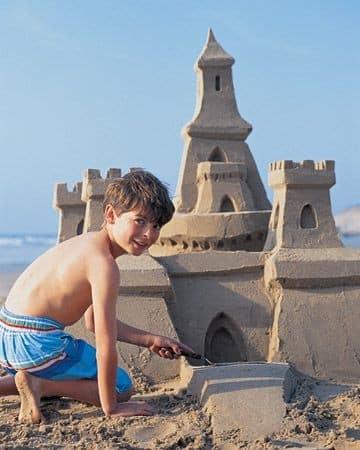como hacer castillos de arena grandes