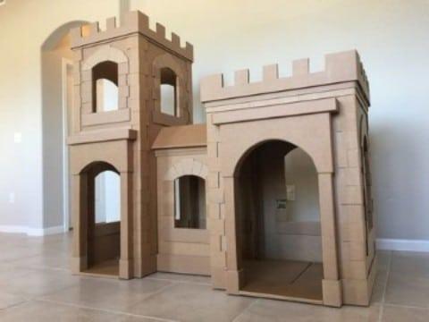 como hacer un castillo de carton grande para jugar