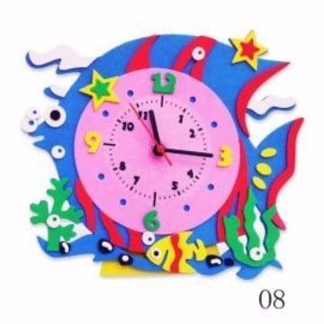 como hacer un reloj en foami colorido