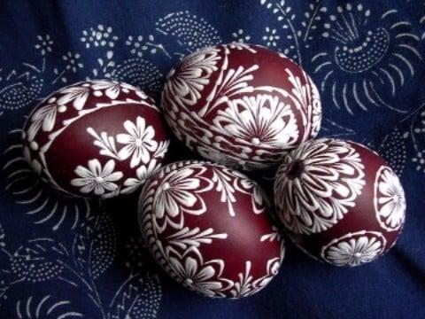 como pintar cascarones de huevo creativos