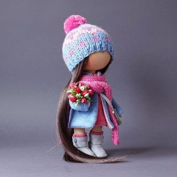 muñecas rusas de tela con flores