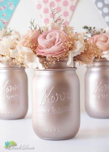 botellas de vidrio decoradas para cumpleaños rosas