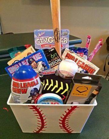canastas de cumpleaños para niños beisbol