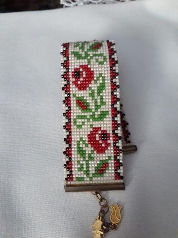 imagenes de manillas en mostacilla de flores