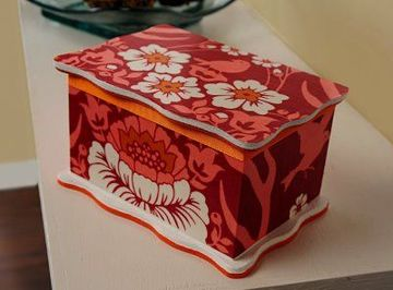 cajas decoradas con tela tipo cofre