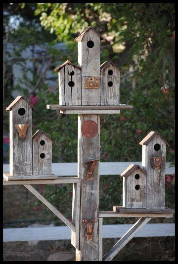 casitas de madera para pajaros de 3 pisos