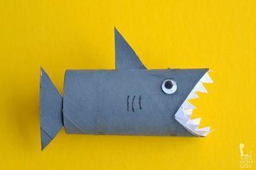 como hacer muñecos de carton con rollo de papel higienico