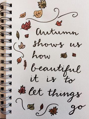 decoraciones para cuadernos en las hojas con frases