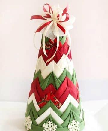 manualidades en tela para navidad arbolito