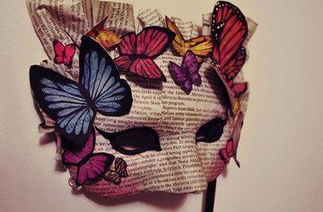 mascaras de papel periodico veneciana
