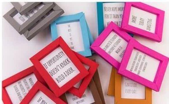 como hacer portaretratos de papel de colores