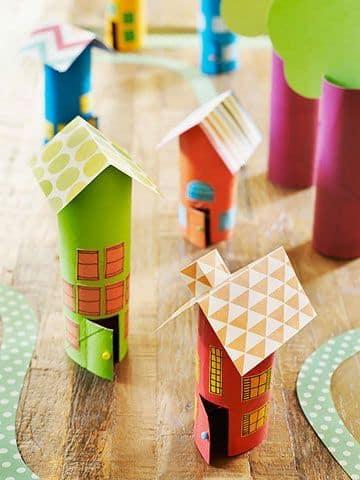 manualidades con rollos de carton de varios tamaños