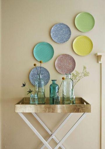 platos decorativos de pared de colores