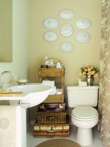 platos decorativos de pared para el baño