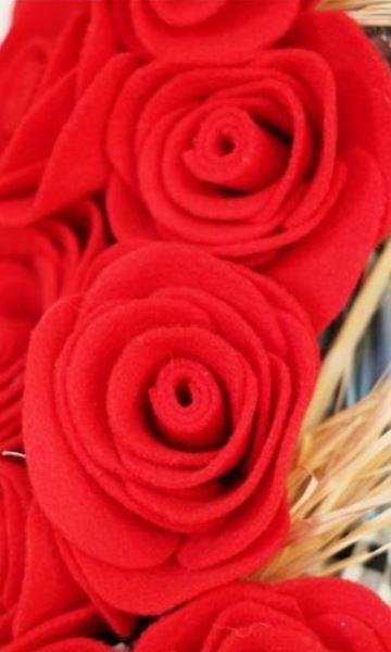 rosas de goma eva faciles en rojo