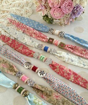 como hacer collares de tela estampada