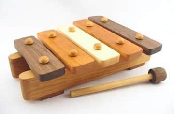juguetes de madera para bebes musicales