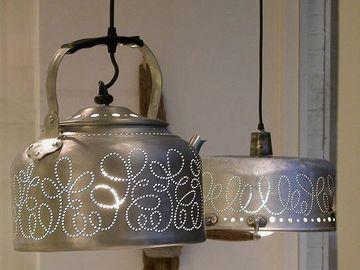lamparas colgantes recicladas de utencilios de cocina