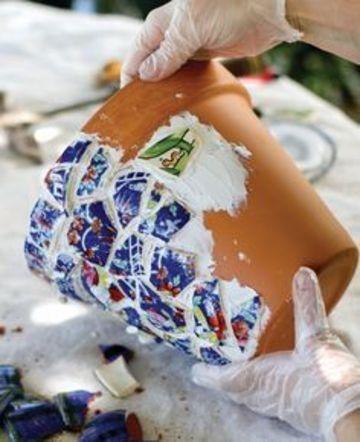 como hacer macetas decoradas con ceramica