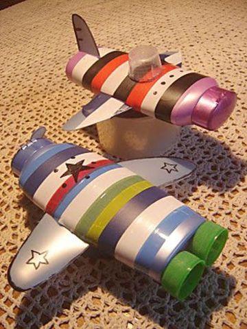 juguetes reciclados originales con envases de champu