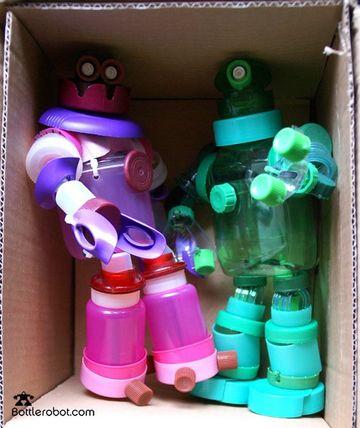 juguetes reciclados originales con tapas de plastico