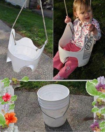 juguetes reciclados originales con un balde