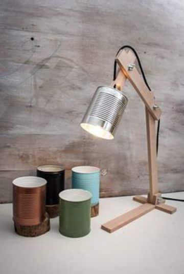 lamparas de mesa recicladas con latas