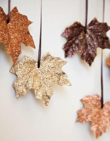 manualidades con hojas de arboles para decorar en navidad