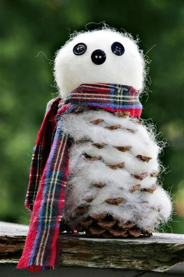 muñeco de nieve con algodon y piña
