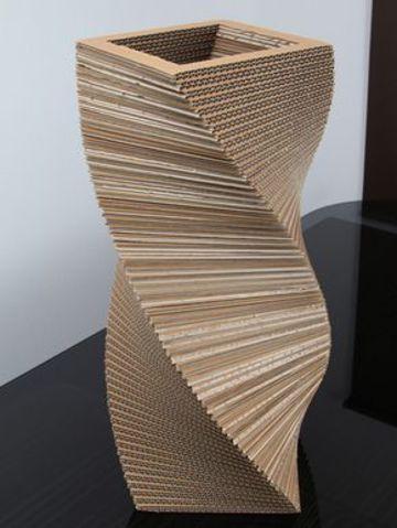 como hacer jarrones de carton increibles
