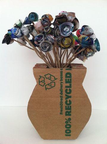 como hacer jarrones de carton reciclado
