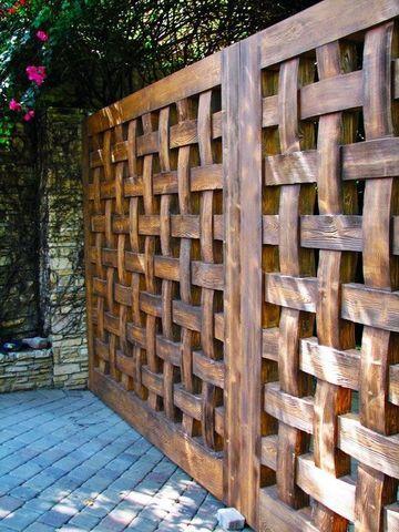 rejas de madera para casas parte trasera