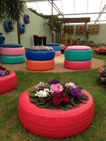sillones de llantas recicladas para el jardin