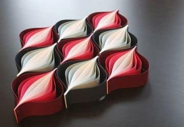 adornos con hojas de colores con origami