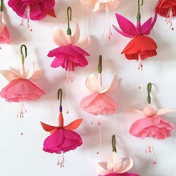 adornos de papel crepe para colgar y decorar fiestas