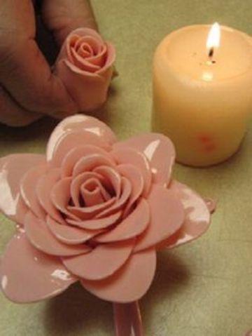 flores con cucharas de plastico hermosas