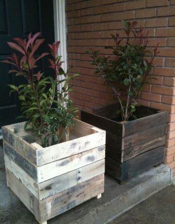 maceteros de madera reciclada cuadrados