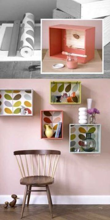 repisas con cajas de madera decoradas