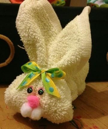 como hacer conejos con toallas para decorar