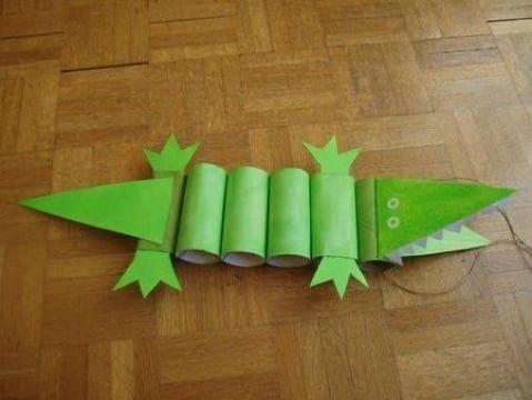manualidades con conos de papel para niños