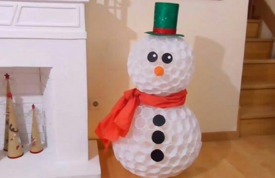 manualidades con vasos de plastico para navidad