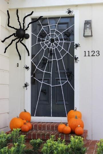 originales adornos para puertas de halloween