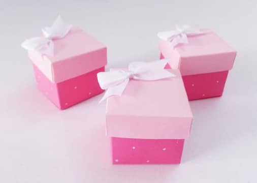 cajitas de regalo con cartulina para regalos